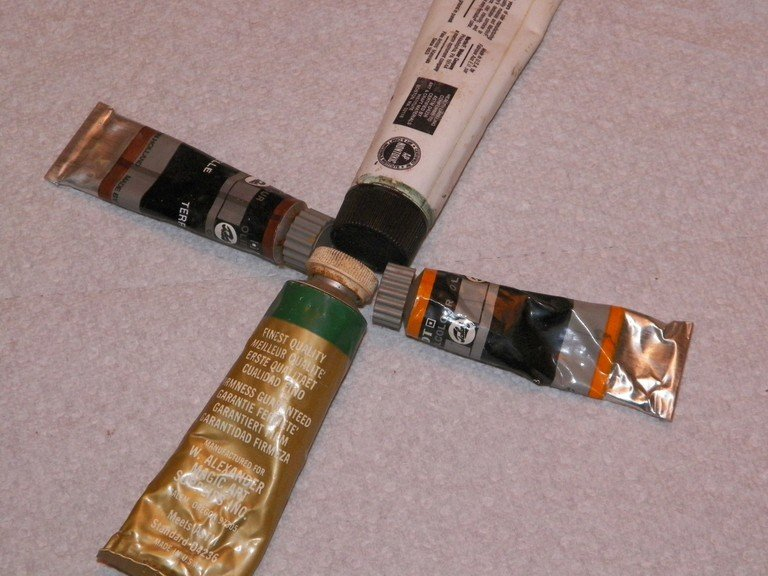 4 Tubes Of The Best Oil Paints